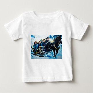 そりの乗車 ベビーTシャツ