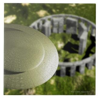 それとしてStonehengeの場所を調査するUFO タイル