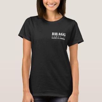 それについてのBragg -女の子及び彼女の銃 Tシャツ