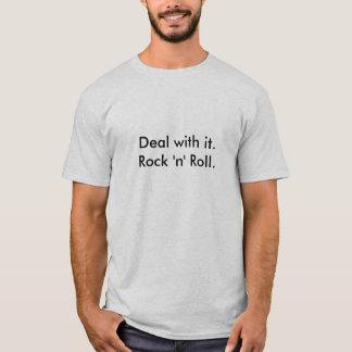それの取り引き。 ロックンロール。 Tシャツ