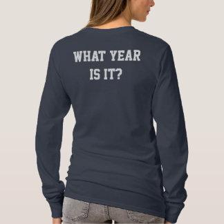それはどんな年ですか。 年鑑の女の子 Tシャツ