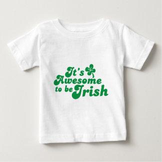 それはアイルランド語であるために素晴らしいです ベビーTシャツ