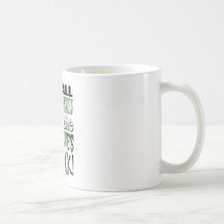 それはゾンビの攻撃までのすべてのおもしろいそしてゲームです コーヒーマグカップ