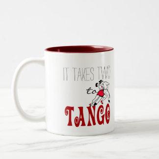 それはタンゴに2つを取ります ツートーンマグカップ