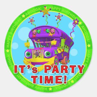 それはパーティーの時間です! 破壊者が付いている誕生日のステッカー ラウンドシール