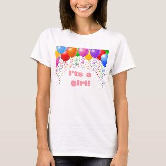 それは女の子です!  ベビーの発表のTシャツ Tシャツ