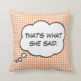 それは彼女が思考の泡枕を言ったことです クッション