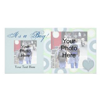 それは男の子です! カスタムな写真の誕生の発表カード カード