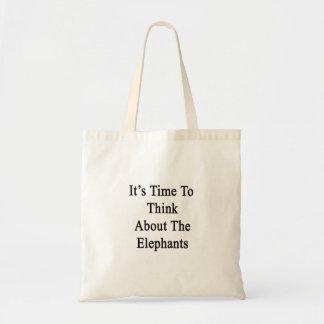 それは象のことを考える時間です トートバッグ