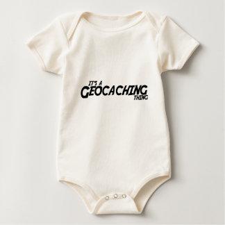それはGeocachingの事です ベビーボディスーツ