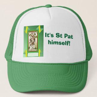 それはSt Patです彼自身! キャップ