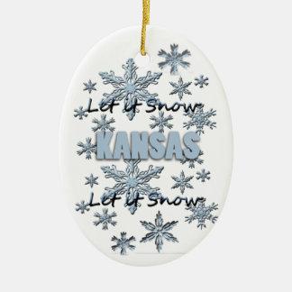 それオーナメント割り当てられるカンザスのクリスマスの雪が降るため セラミックオーナメント