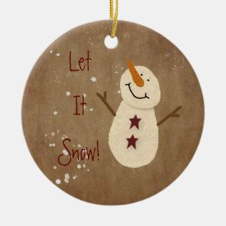 それオーナメント割り当てられるクリスマスの雪が降るため セラミックオーナメント