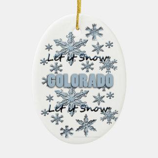 それオーナメント割り当てられるコロラド州のクリスマスの雪が降るため セラミックオーナメント