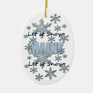 それオーナメント割り当てられるメインのクリスマスの雪が降るため セラミックオーナメント