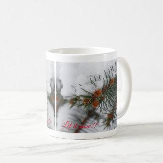 それ常緑のマグ4割り当てられる雪が降るため コーヒーマグカップ