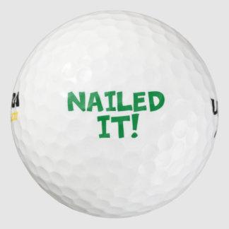 それ釘付けされる ゴルフボール