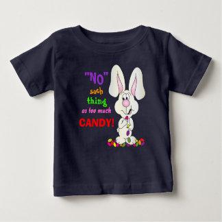 たくさんのキャンデー-イースターのウサギのような事無し ベビーTシャツ