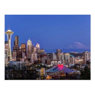たそがれのシアトル、繁華街およびレーニア山 ポストカード