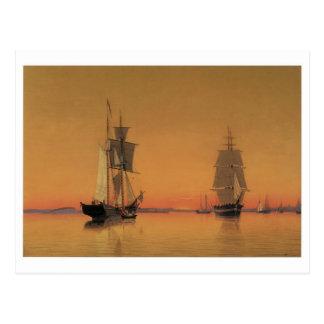 たそがれのボストン港の船 ポストカード