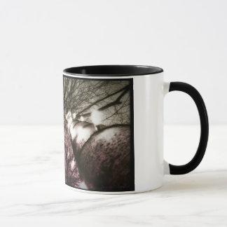 たそがれのマグの木 マグカップ