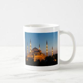 たそがれのマグの青いモスク コーヒーマグカップ