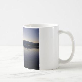 たそがれ湖 コーヒーマグカップ