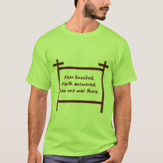 たたかれる恐れ Tシャツ