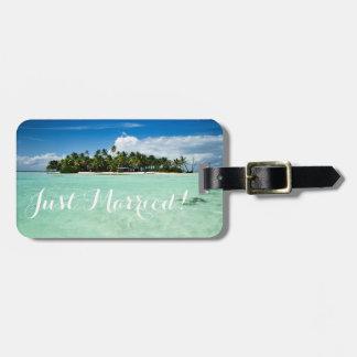 たった今結婚しましたの新婚旅行の島旅行荷物のラベル ラゲッジタグ