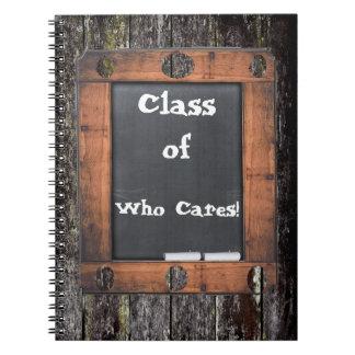 だれがの気になるかクラス! 黒板の汚い木製の効果 ノートブック