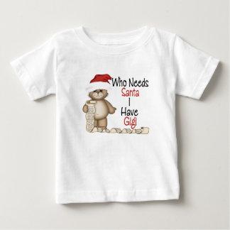 だれがサンタGigiを必要とするかおもしろい ベビーTシャツ
