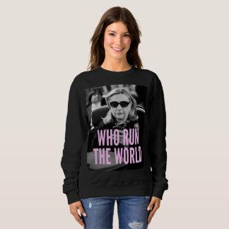 だれが世界の女性の基本的なスエットシャツを走るか スウェットシャツ