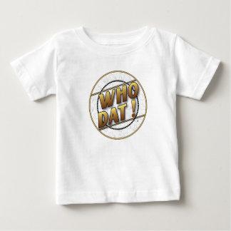 だれDatのTシャツか ベビーTシャツ