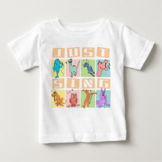 ちょうど動物に乳児のTシャツを歌って下さい ベビーTシャツ