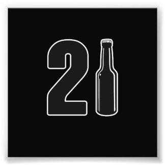 ちょうど回された21ビール瓶の第21誕生日 フォトプリント