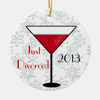ちょうど離婚されたクリスマスのオーナメント セラミックオーナメント