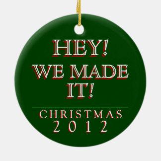 ちょっと! 私達はそれを作りました! 2012年のクリスマスのオーナメント セラミックオーナメント