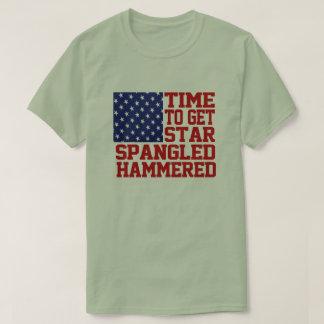 ちりばめられる槌で打たれる星 Tシャツ