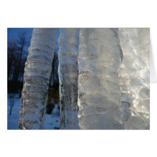 つららは青い冬の自然の写真撮影を抽出します カード