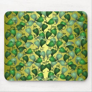 つる植物の葉のマウスパッド マウスパッド