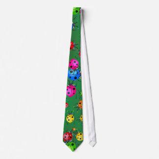 てんとう虫の壁紙 ネクタイ