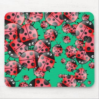 てんとう虫の壁紙 マウスパッド