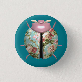 てんとう虫-ピンクの花/淡いブルーの背景 3.2CM 丸型バッジ