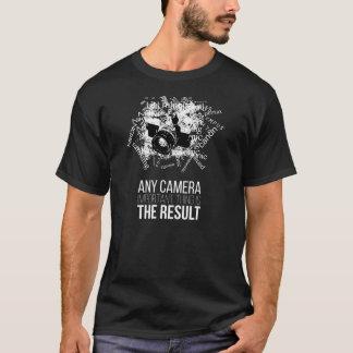 どのカメラでも、重要な事柄結果です Tシャツ