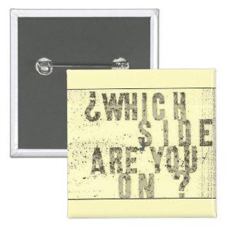 どの側面をありますか。 ボタン 5.1CM 正方形バッジ