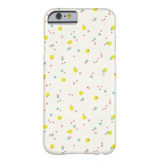 どんなおもしろいが休日の包装に点を打つかかわいい紙吹雪Oh Barely There iPhone 6 ケース