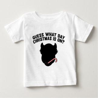 どんな日のクリスマスがついているか推測か。 ベビーTシャツ