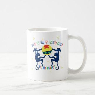 ない私のサーカス私の猿ではなく コーヒーマグカップ