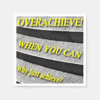 なぜちょうど達成して下さいか。 Overachieveできる時! 階段 スタンダードカクテルナプキン