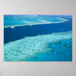 によるグレート・バリア・リーフの空中写真 ポスター